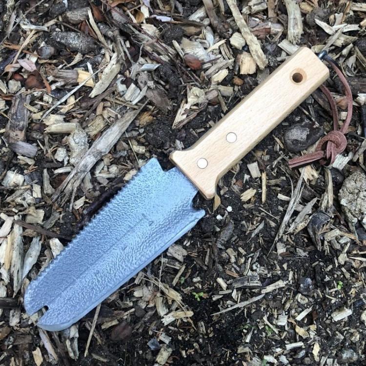 Couteau Plantoir Coupe-Racine
